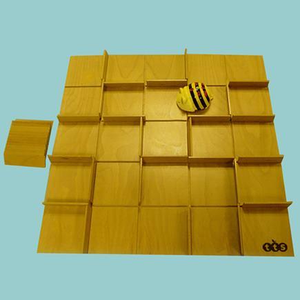 Bee-Bot drevený stavebnicový labyrint - IB23